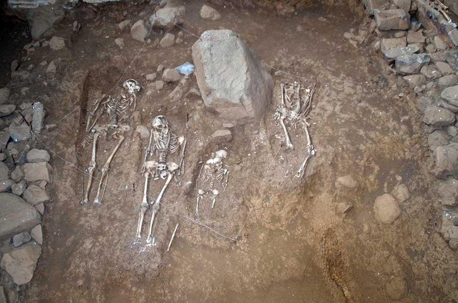 Restos de enterramientos medievales