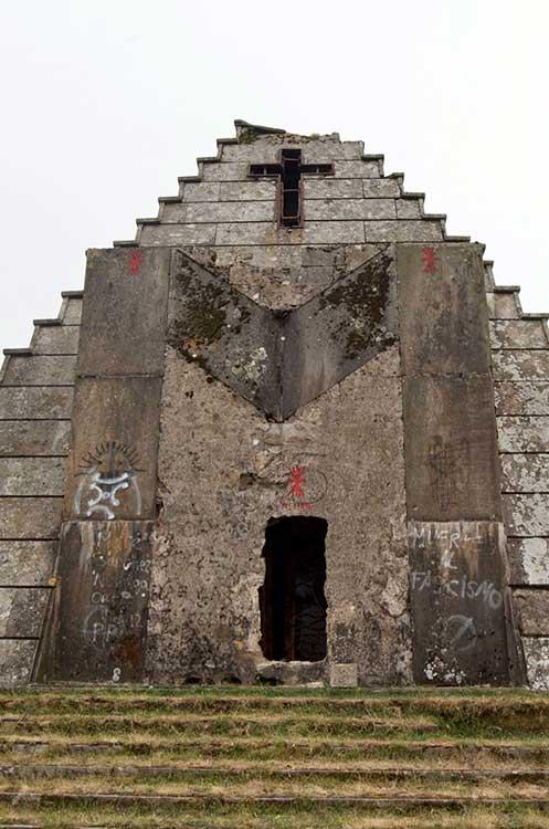 Acceso pirámide de los italianos